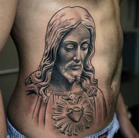 brazil jesus tattoo s 233 lection de 24 superbes tatouages de statues inkage