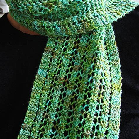 knitted cast on middle of row pattern cast on 24 sts or any number divisable by 4