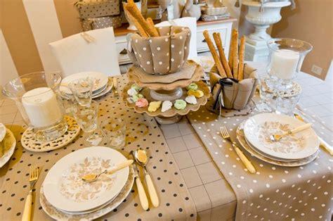 tavoli stile country idee bellissime per la tavola a primavera dal brand blanc