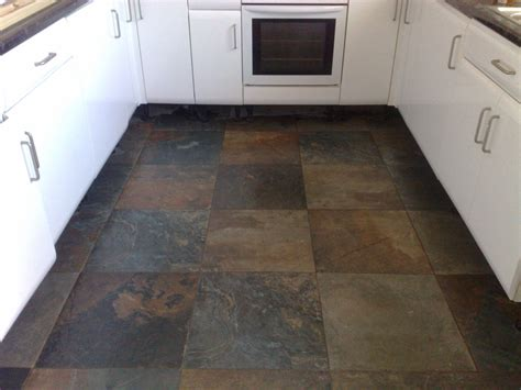 kitchen floor with slate tiles 171 tiler in stockport tiler