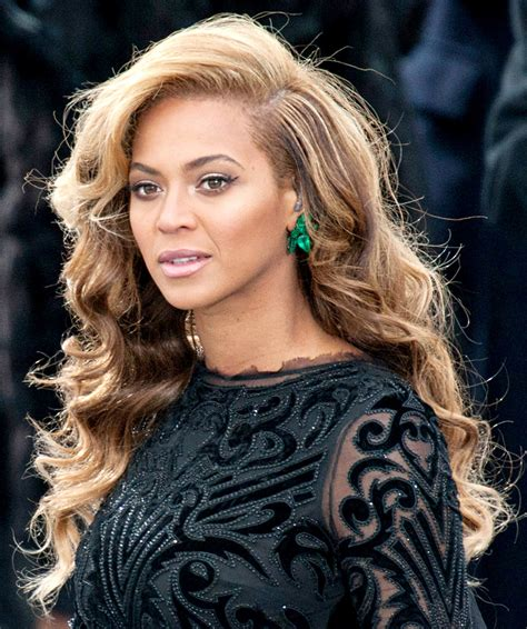 see beyonce s emerald inauguration earrings how many