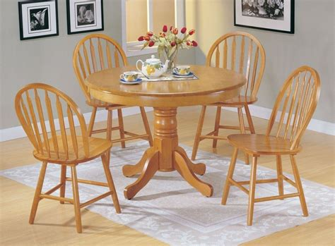 country style family kitchen with round table family a chair country style oak finish wood round dining table 4