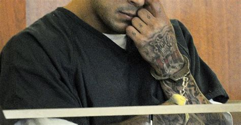 Aaron Hernandez Search Warrant Juiciest Details From The Aaron Hernandez Search Warrant Dump The Atlantic