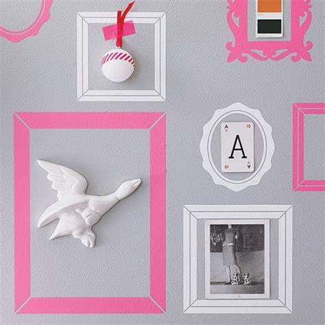 cornici adesive per pareti decorare le pareti di casa