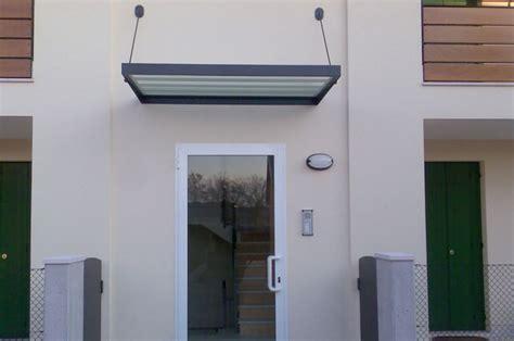 tettoie in ferro zincato tettoie con supporti e tiranti in ferro zincato e