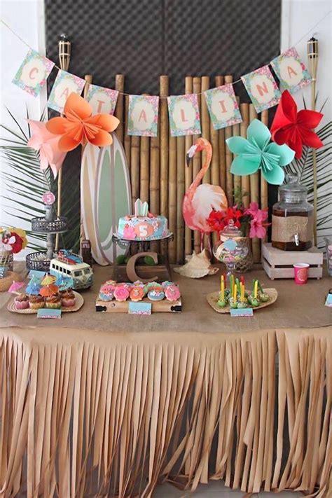 newspaper themed restaurant best 25 hawaiian party decorations ideas on pinterest