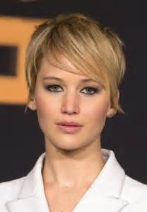 hunger new haircut jennifer lawrence s chic short hair at catching fire