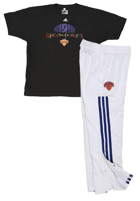 Jason Kidd 2 T Shirt lot detail 2013 jason kidd new york knicks used