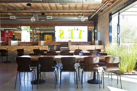 pitfire pizza interior restaurant by bestor