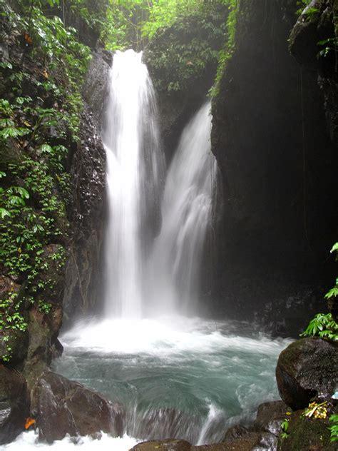 filegitgit waterfall campuhan area bali indonesiajpg