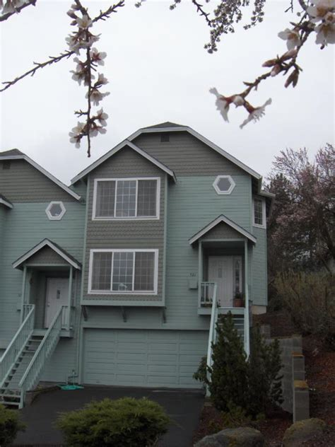 affordable ashland oregon condo