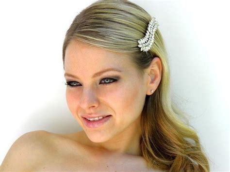 Wedding Hairstyles With Side Combs by Wedding Hairstyles Bridal Hair Side Comb Leaf
