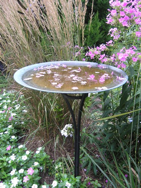 Copper Garden Decor Copper Birdbath 23 Quot Copper Bowl On 36 Quot Steel Stand Garden Artisans Llc