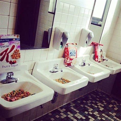 bathroom prank ideas 25 best ideas about cing pranks on pinterest c pranks halloween pranks and pranks ideas