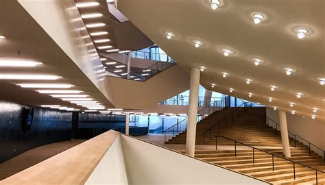 foyer elbphilharmonie elbphilharmonie ein weltwunder da die demokratie versagte