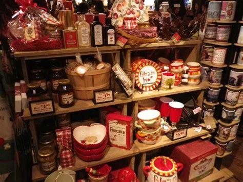 Cracker Barrel Gift Shop Items - apple pie with picture of cracker barrel