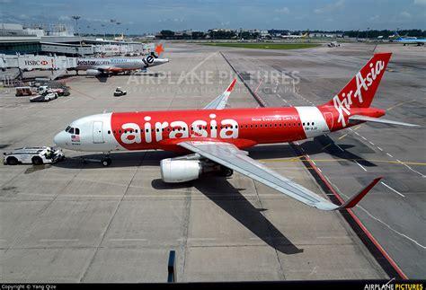 airasia malaysia contact 9m ajg airasia malaysia airbus a320 at singapore