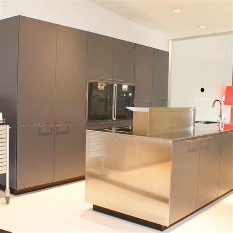encimeras muebles electrodomesticos de cocinas  banos en