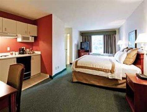 california king bedroom suites 2 bedroom suite picture of hawthorn suites by wyndham