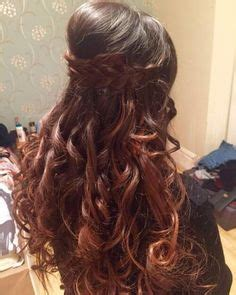 hairstyles for open curly hair open cascading hairstyle for curly hair with side braid