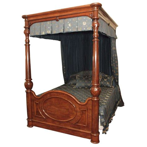 antique canopy bed magnificent antique antebellum mahogany canopy bed at 1stdibs