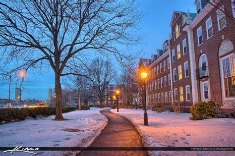 Of Massachusetts Mba by Harvard Square Cambridge Massachusetts Harvard Business