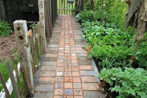 mattonelle per giardino mattonelle per giardini mattonelle
