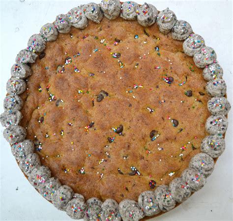 original recipe chocolate chip cookie cake vegan