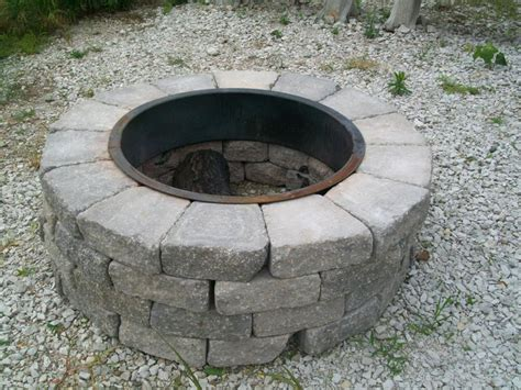 How To Build A Fire Pit Out Of Cinder Blocks Construction Firepit Blocks