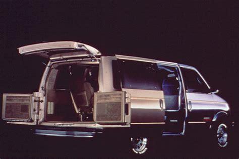 small engine service manuals 1995 chevrolet astro interior lighting 1990 05 gmc safari consumer guide auto