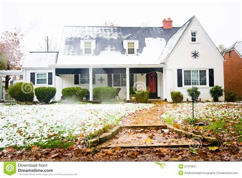white ranch house white ranch style american home stock image image of flower country 27413637