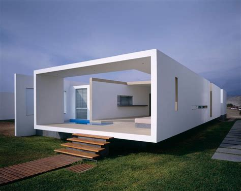 rectangle house boxed delight rectangular beach house in peru catches eye