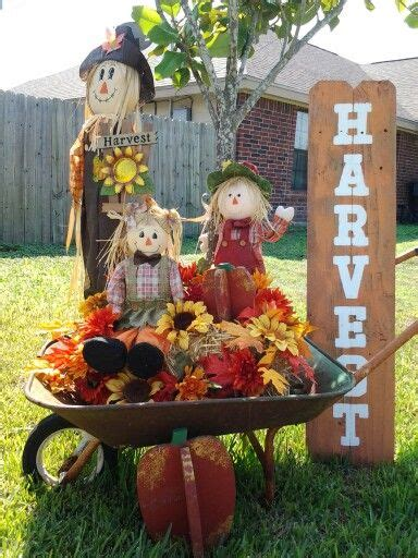 Fall Yard Decorations Thanksgiving Best 25 Fall Yard Decor Ideas On Outdoor Fall