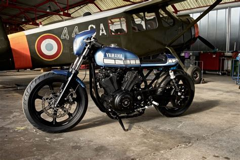 Mobile De Bobber Motorr Der Bmw by Yamaha Yard Built Aus Einem Chopper Wird Ein Caf 233 Racer