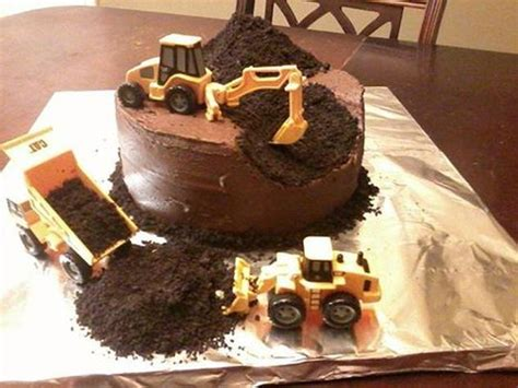 Bulldozers The Came Employing 2 by 17 Best Ideas About Bulldozer Cake On Digger