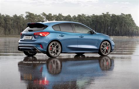ford performance focus st