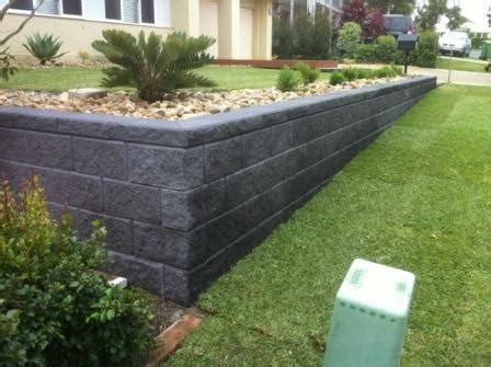 retaining walls sleepers link blocks landscapers north brisbane