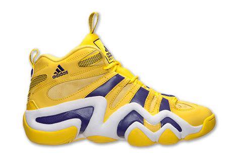 yellow adidas basketball shoes yellow adidas 8 basketball shoes 49