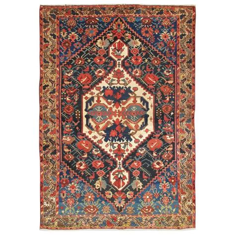 bakhtiari rugs antique bakhtiari rug for sale at 1stdibs