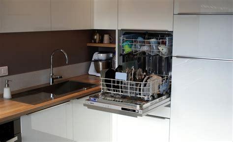 lave vaisselle en hauteur cuisine r 233 alisations cuisine 16 cr 233 atif ind 233 pendant