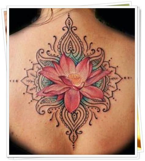 Flor De Lotus Tattoo   45 lindo designs especiais para tatuagem de flor de lotus