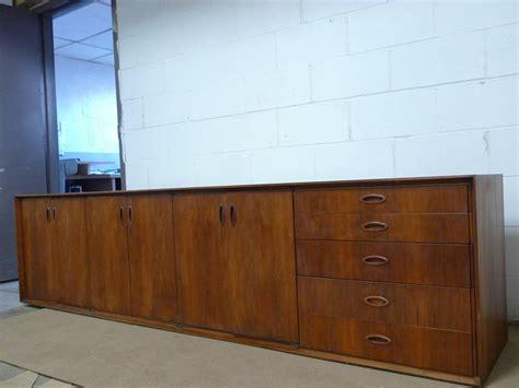 walnut credenza mid century modern walnut credenza cabinet sideboard mid