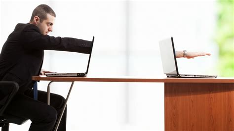 Remote Desk by How To Set Up A Remote Desktop And Your Computer