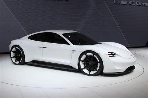 fastest porsche fastest car fastest car in the world 2019 2020 porsche