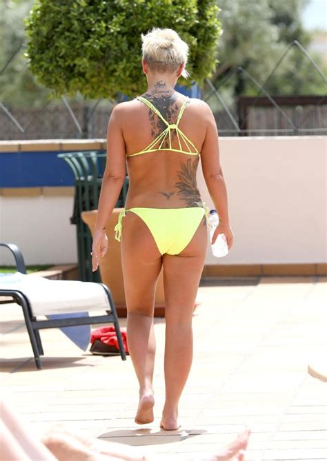 kerry katona shows off her toned stomach in a as