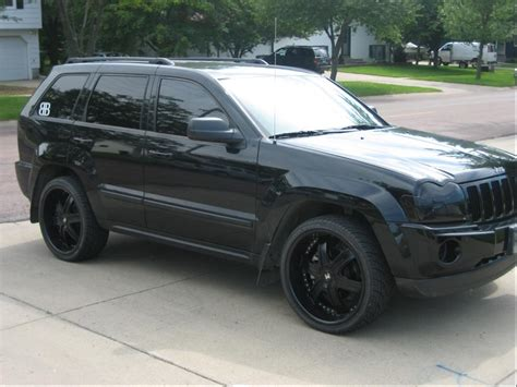 jeep laredo blacked out vwvortex com jeep releases blacked out grand cherokee