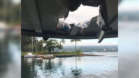lava bomb tour boat video lava bomb hits hawaii tour boat injures 23 youtube