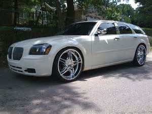 2005 dodge magnum on 24s 16 500 possible trade