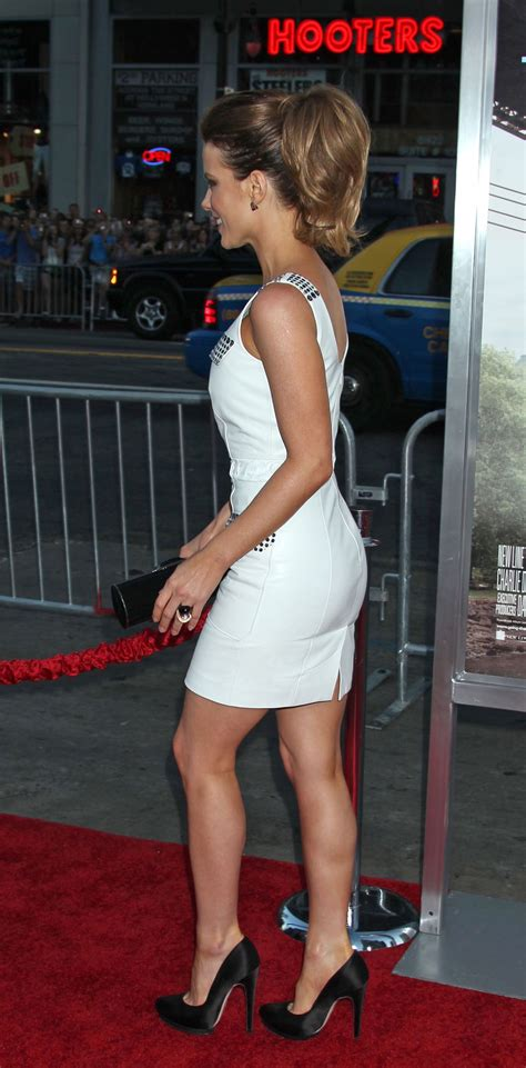Kate Beckinsale Goes Back To The Pool by Kate Beckinsale Attends Going The Distance Premiere Kate