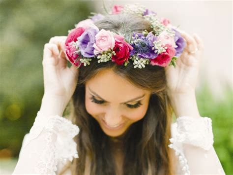 a brief history of the flower crown